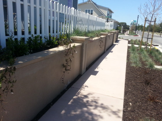 Precast Retaining Wall and Pilaster