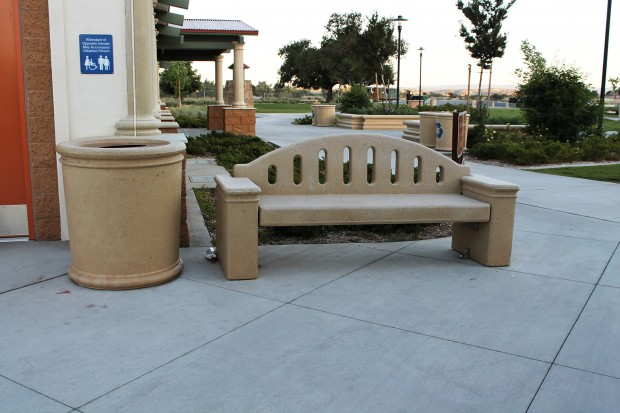 Precast Concrete Fluted with Back Bench and Receptacle